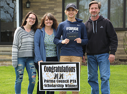 VF student wins scholarships from PTA