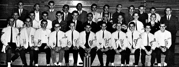 1963 Cross Country Team